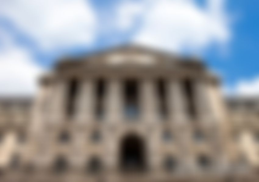 """Bank of England Governor Says Bitcoin Failed as """"Currency,"""" But There's Hope for Blockchain"""
